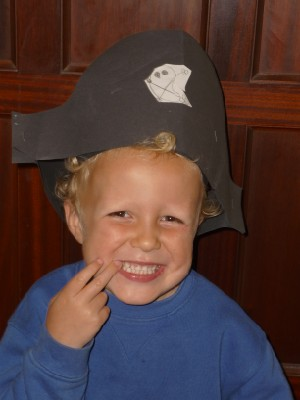 Pirate-hat-make-for-children