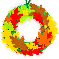 Leaf-Wreath-Decorations