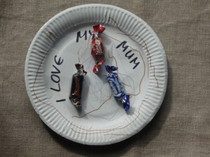I love my mum plate easy mother's day art