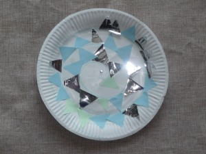 Read more about the article Paper plate snake- easy animal collage