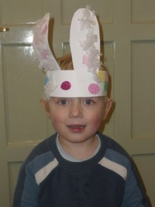Easter bunny ears- easy collage for toddlers