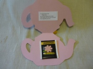 mother 39 s day teapot cards with tea bag art craft for babies. Black Bedroom Furniture Sets. Home Design Ideas