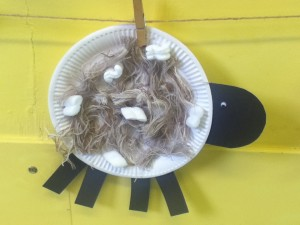 Paper plate sheep- easy animal collage