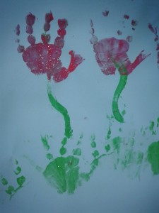 spring flower childs handprint picture1