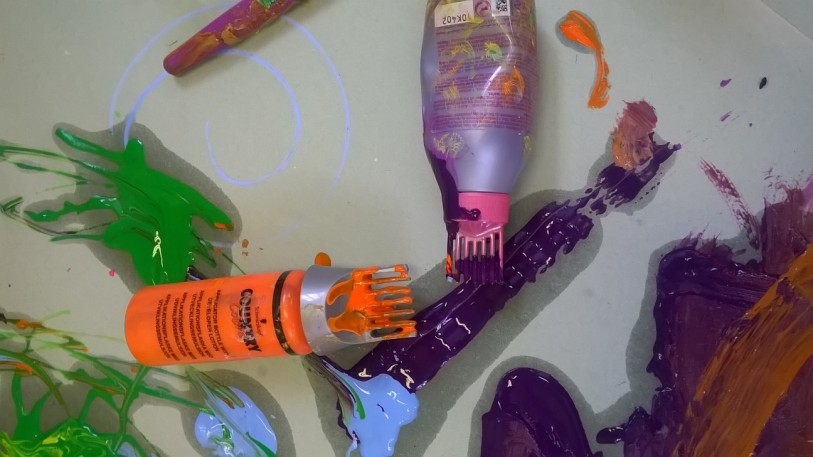 You are currently viewing Use old hair dye bottle for painting!
